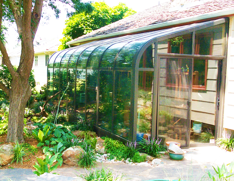 Greenhouse sunroom solarium what 39 s the difference for Greenhouse sunroom addition