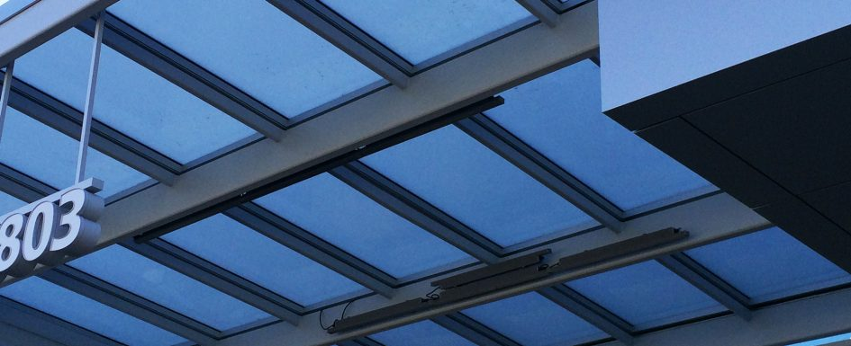 Polyc canopy cover for entrance